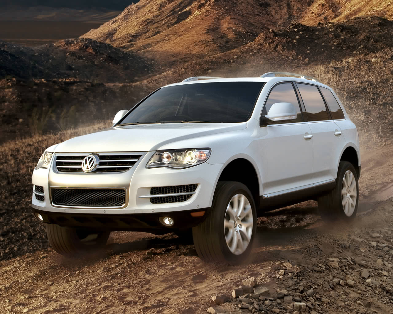 volkswagen touareg review 2010 small attractive suv ebest cars. Black Bedroom Furniture Sets. Home Design Ideas